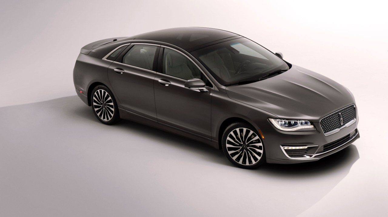2017 Lincoln MKZ 3/4 Front