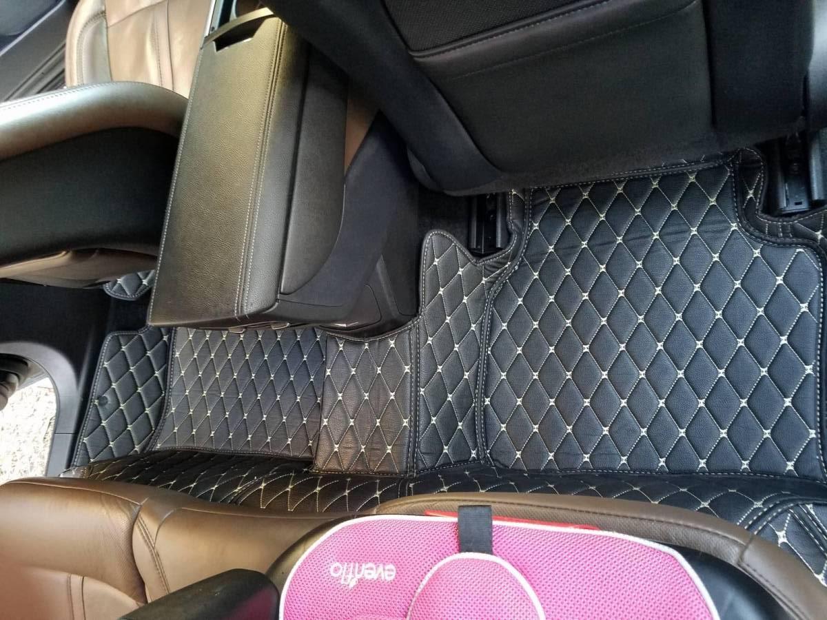 After rear passenger side view mat