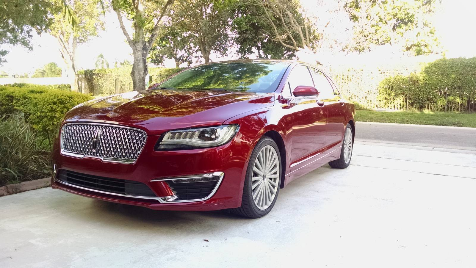 17 MKZ Front